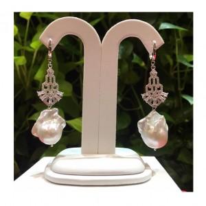 Cercei sofisticati cu perla...