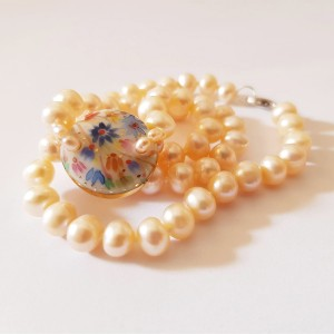 Colier cu perle de cultura...