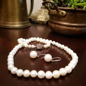Colier cu perle near round...
