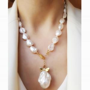 Colier cu perle keshi si...