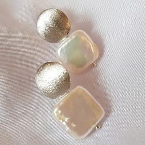 Cercei cu perle patrate