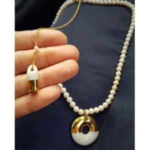 Colier cu perle si portelan...