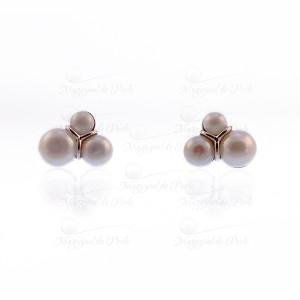 Cercei cu 3 perle buton albe